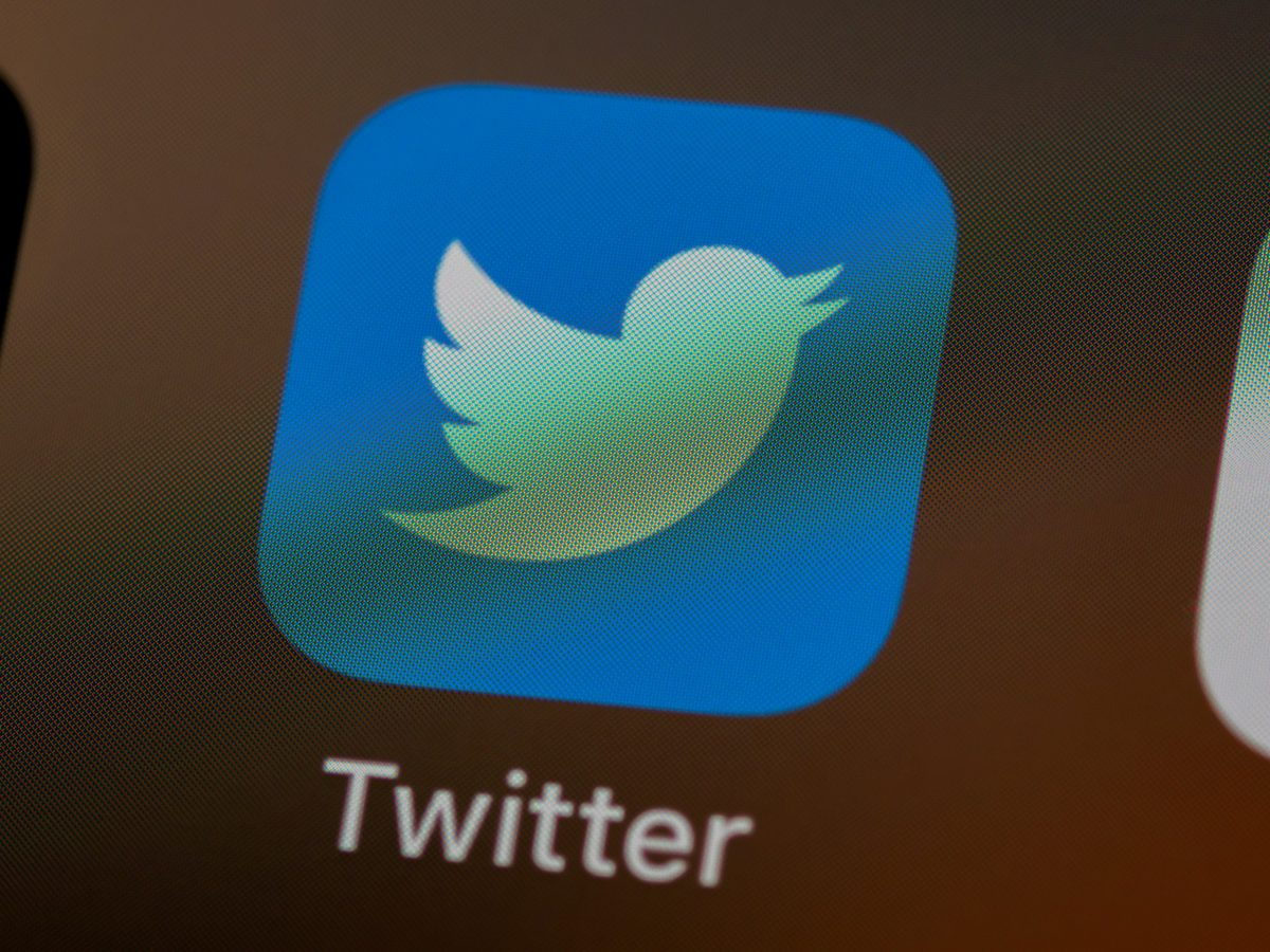 Twitter verification stops indefinitely until further notice